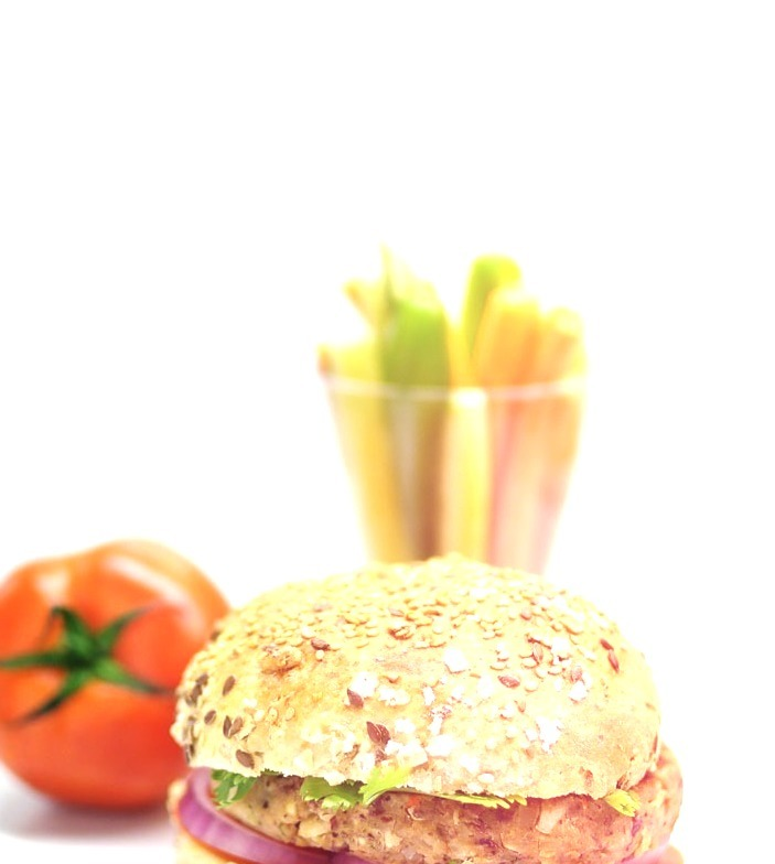 re-posting this healthy vegetable burger. home cooked all from scratch